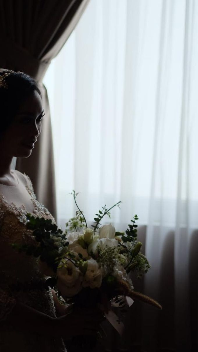 The Wedding of Ms. I by Tiffany's Flower Room - 002