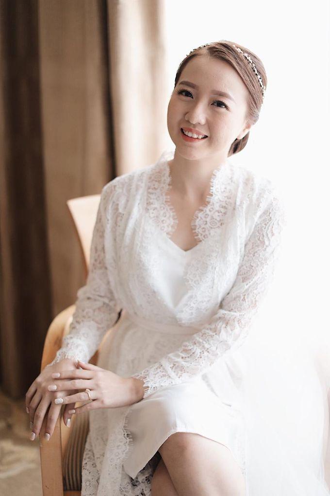 DESY & MANDY  Wedding by Marsia Yulia Signature. Natural and Korean Make Up Specialist. - 001