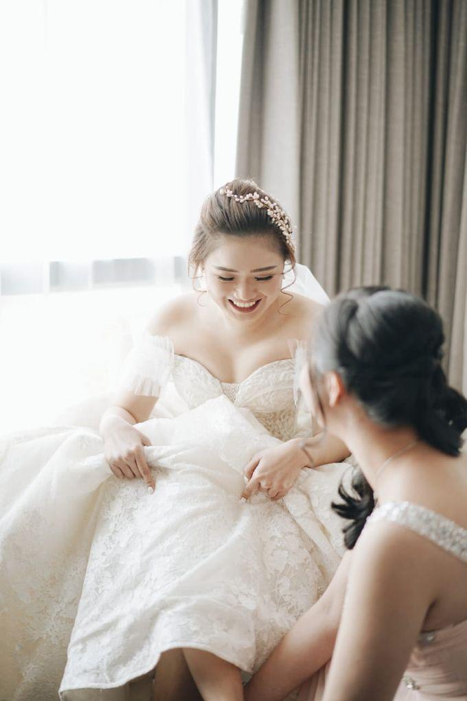 Wedding Of Juliyanto & Desliyanti by Elina Wang Bridal - 015