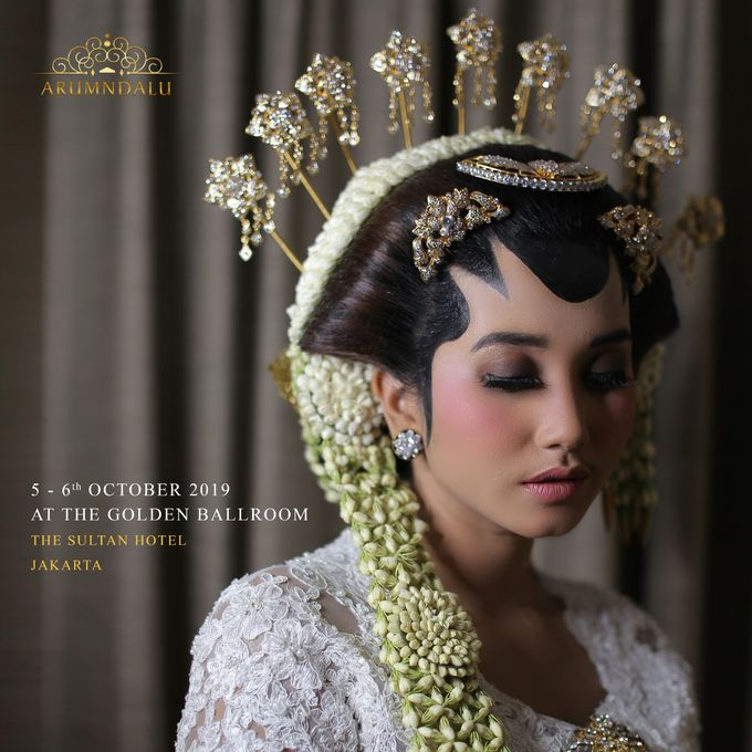 Golden Ballroom Love Story On 5-6 Oktober 2019 by Arum Ndalu Sanggar Rias Pengantin - 002