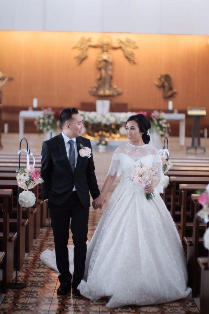 Wedding Of Martinus & Monica Intan by Elina Wang Bridal - 016