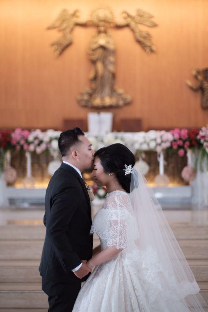 Wedding Of Martinus & Monica Intan by Elina Wang Bridal - 010