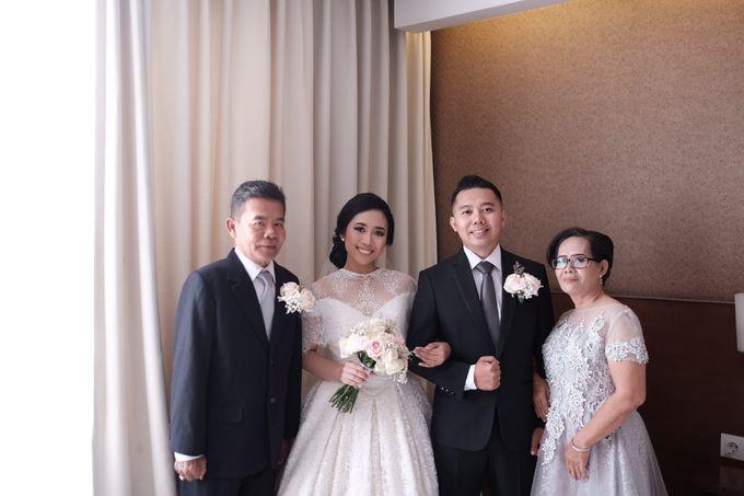 Wedding Of Martinus & Monica Intan by Elina Wang Bridal - 008