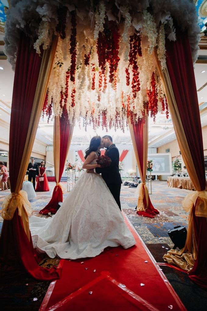 Happy wedding to Ellen & Anthony by D BRIDE - 010