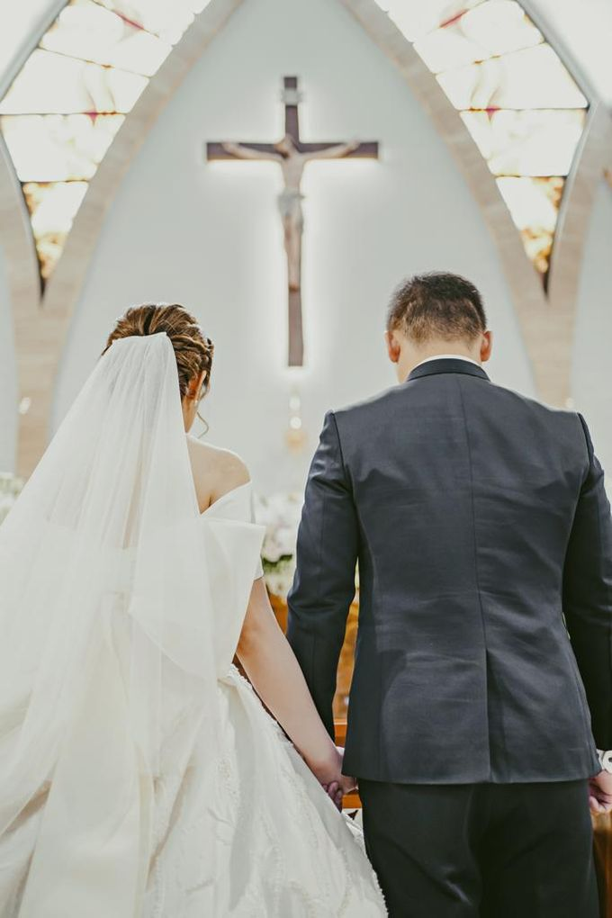 Happy wedding to Ellen & Anthony by D BRIDE - 006