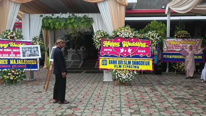 Bunga Papan Wedding by Bougenville Decoration - 007