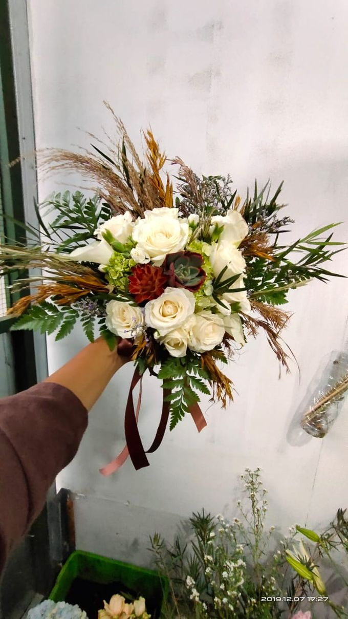 Wedding Bouquet by Bougenville Decoration - 016