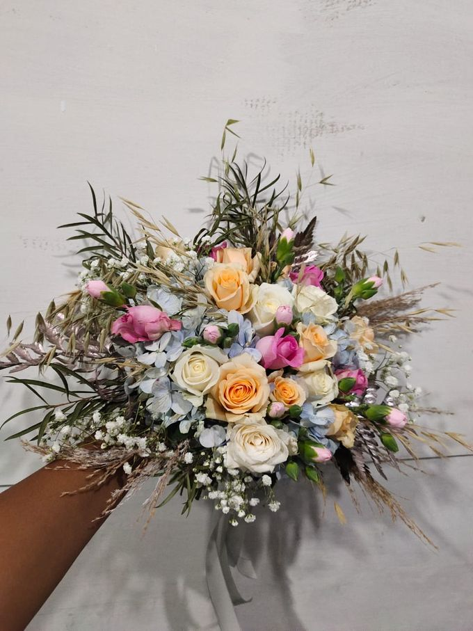 Wedding Bouquet by Bougenville Decoration - 019