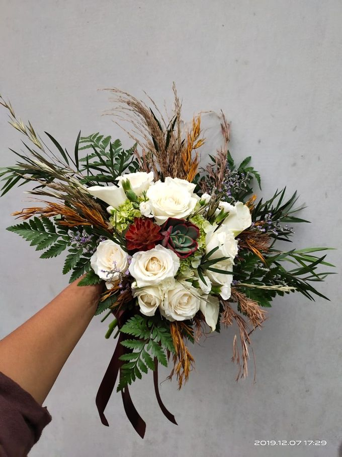 Wedding Bouquet by Bougenville Decoration - 018