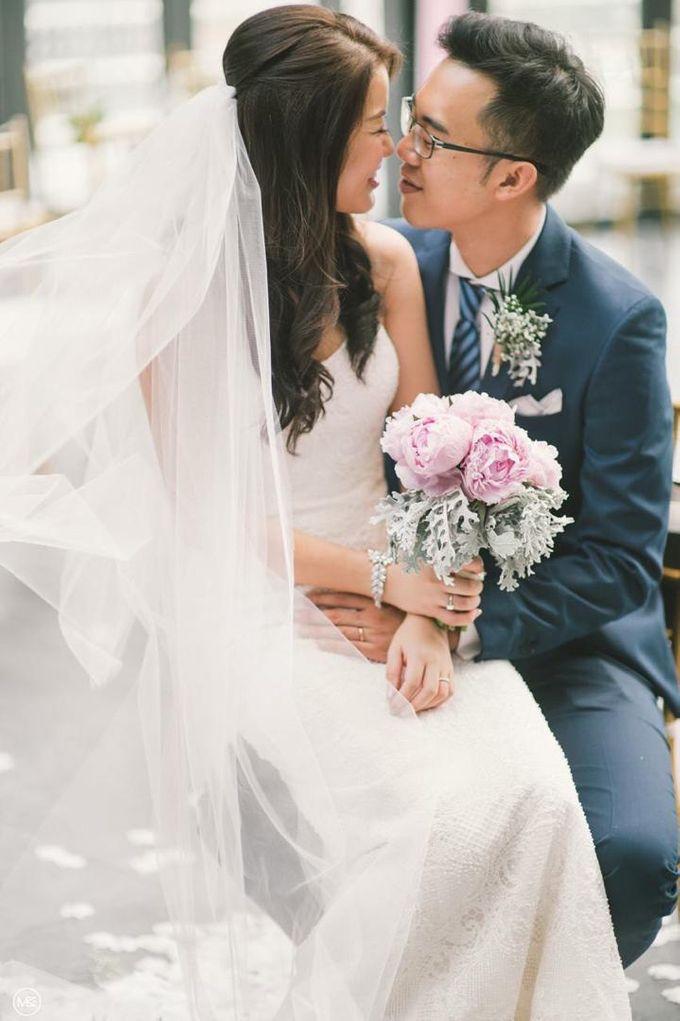 Wedding Decoration : Simple Elegant by Florist By HaejaBudiman - 010