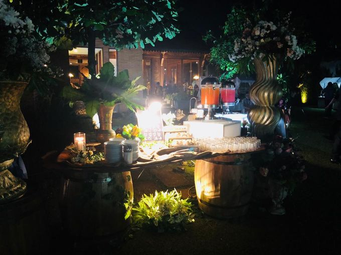 Outdoor Wedding by Dirasari Catering - 004