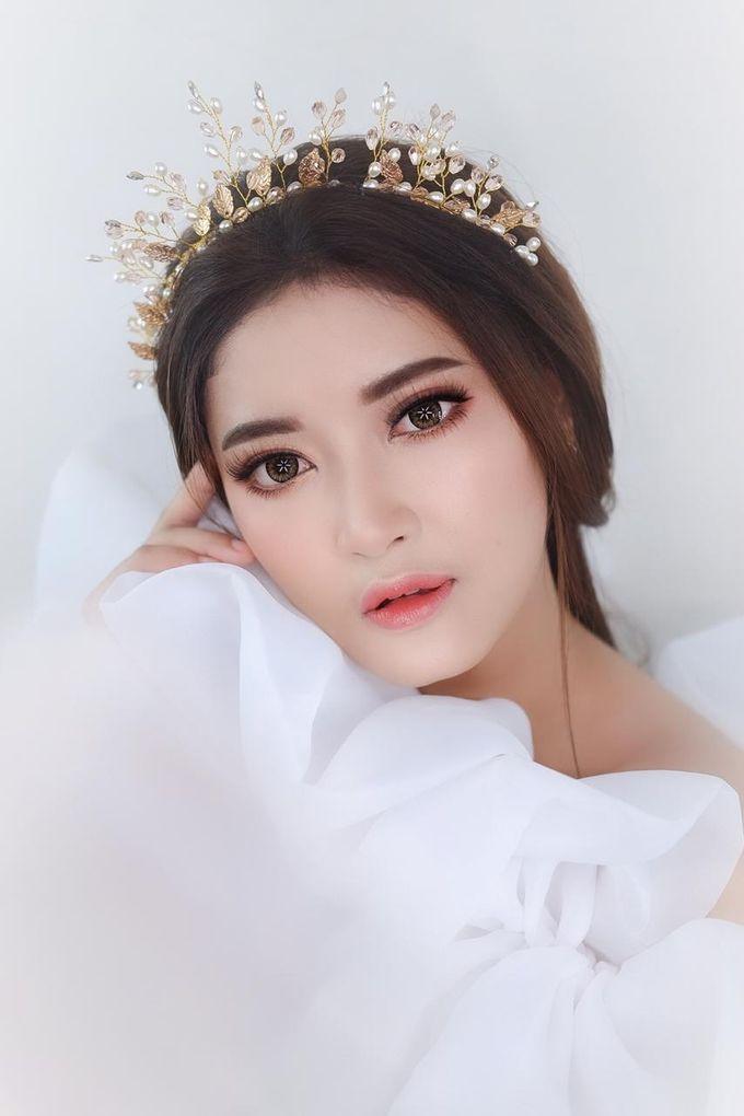 Flawless Bride Makeup by XAVIER Makeup - 001