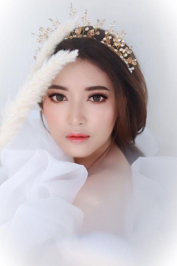Flawless Bride Makeup by XAVIER Makeup - 011