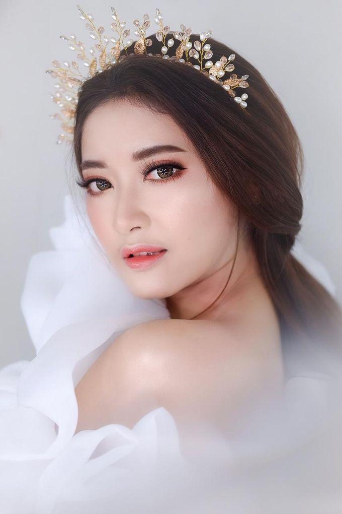 Flawless Bride Makeup by XAVIER Makeup - 008