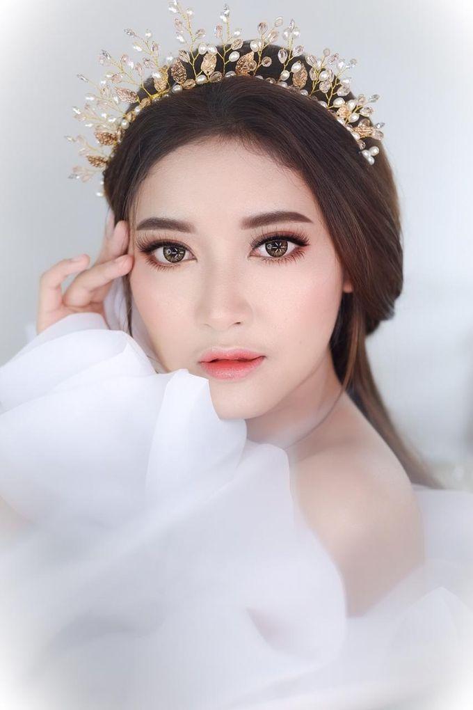 Flawless Bride Makeup by XAVIER Makeup - 005