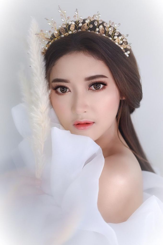 Flawless Bride Makeup by XAVIER Makeup - 007