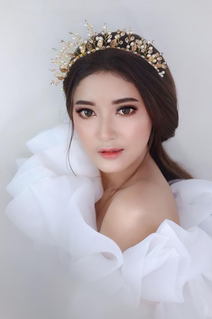 Flawless Bride Makeup by XAVIER Makeup - 010