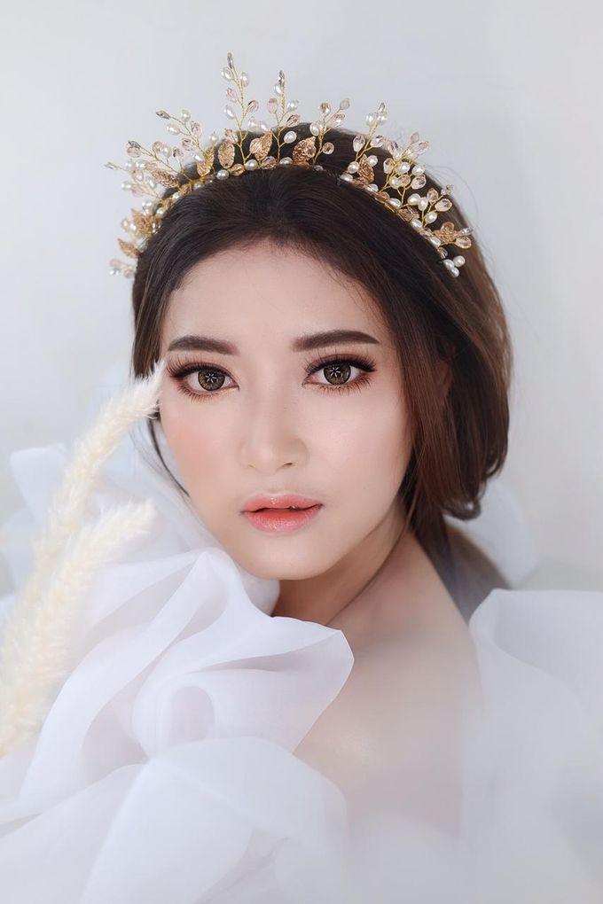 Flawless Bride Makeup by XAVIER Makeup - 013