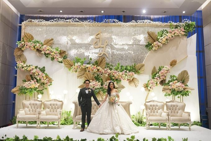 Wedding Of Johanes & Levie by Elina Wang Bridal - 012