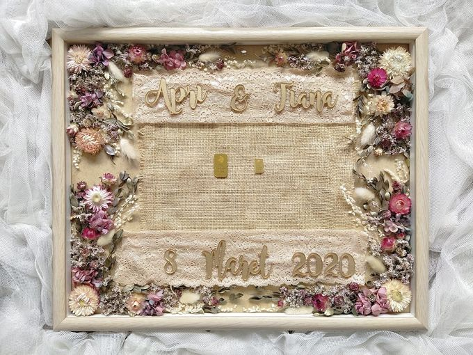 Invitation Memorable Frame (40x50) by Magnolia Dried Flower - 005