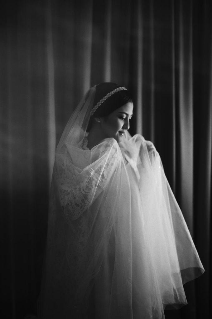 The Wedding Of Febri & Carren by de_Puzzle Event Management - 010