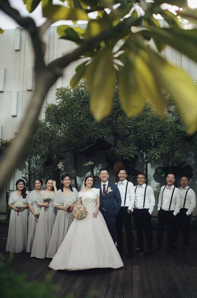 The Wedding Of Febri & Carren by de_Puzzle Event Management - 023