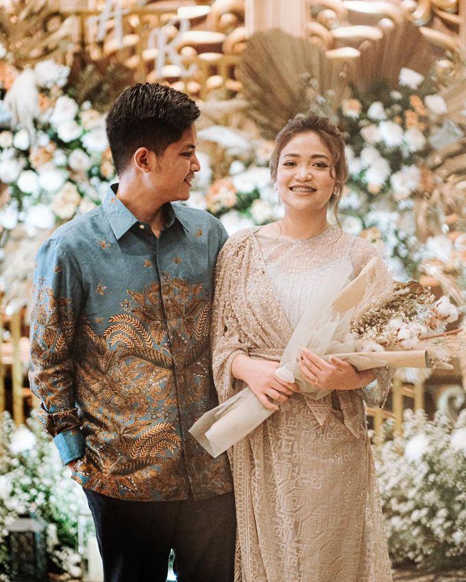 Allysa Riyandi Engagement by Chandira Wedding Organizer - 046