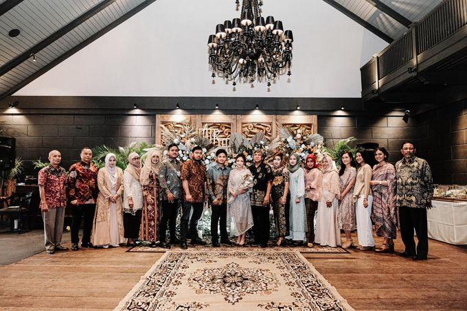 Allysa Riyandi Engagement by Chandira Wedding Organizer - 029