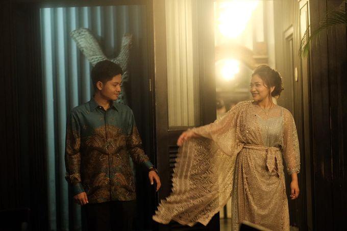 Allysa Riyandi Engagement by Chandira Wedding Organizer - 039
