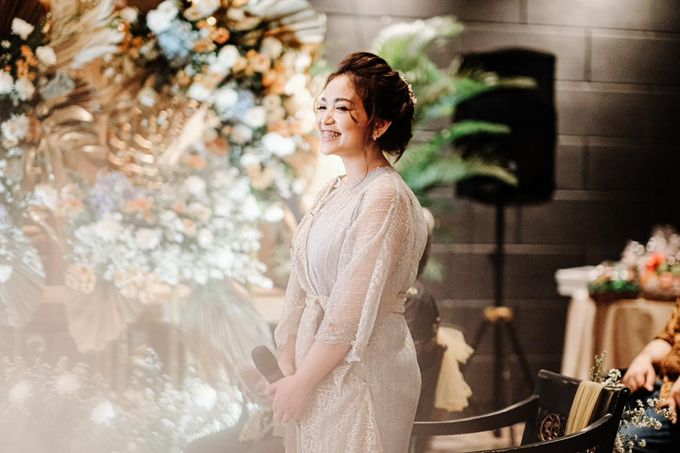 Allysa Riyandi Engagement by Chandira Wedding Organizer - 050