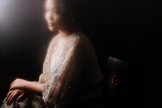 Allysa Riyandi Engagement by Chandira Wedding Organizer - 002