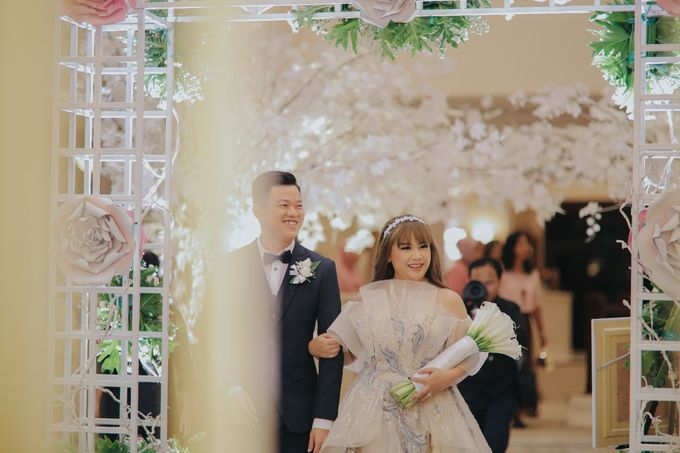 Andri & Gladys Wedding by BUKIT DARMO GOLF SURABAYA - 002