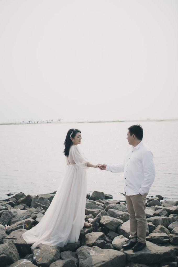 Mikidana & Erica Prewed Session by Elina Wang Bridal - 001