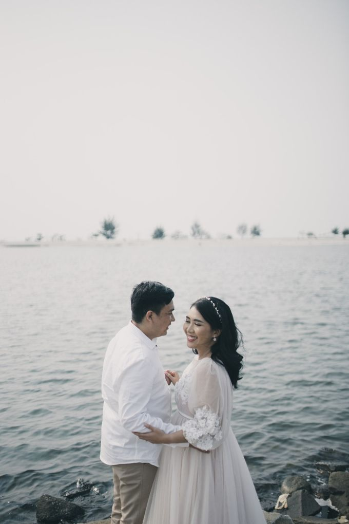 Mikidana & Erica Prewed Session by Elina Wang Bridal - 002