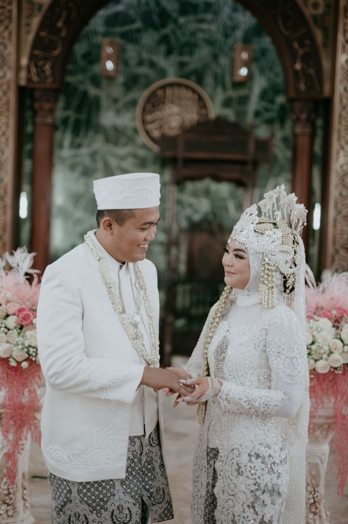 Mutia Dipo - CHANDIRA WEDDING PACKAGE by Chandira Wedding Organizer - 045