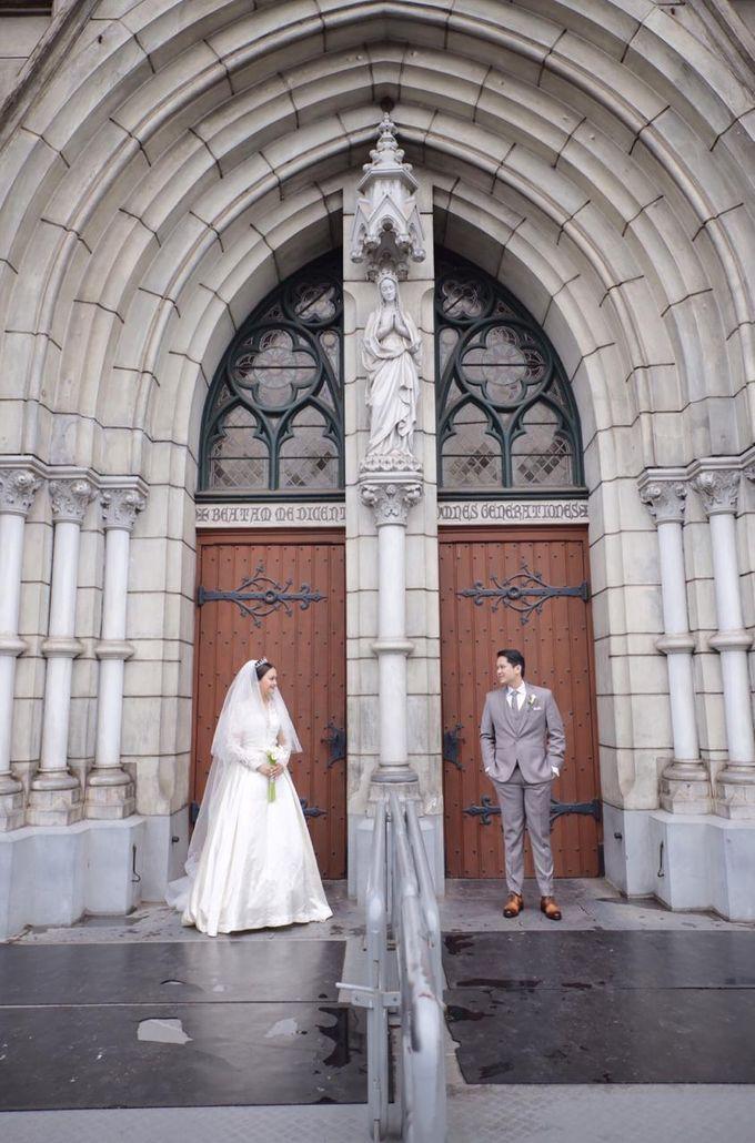 Holy Matrimony Eric & Zazia by The Flower Philosophy - 011