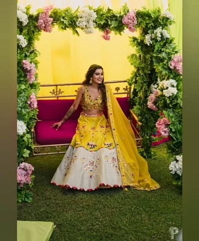 Wedding Dress by Shiv Wonder Wedding - 004