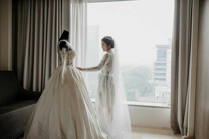 Brandon & Devlyn - Wedding Day by Elina Wang Bridal - 003