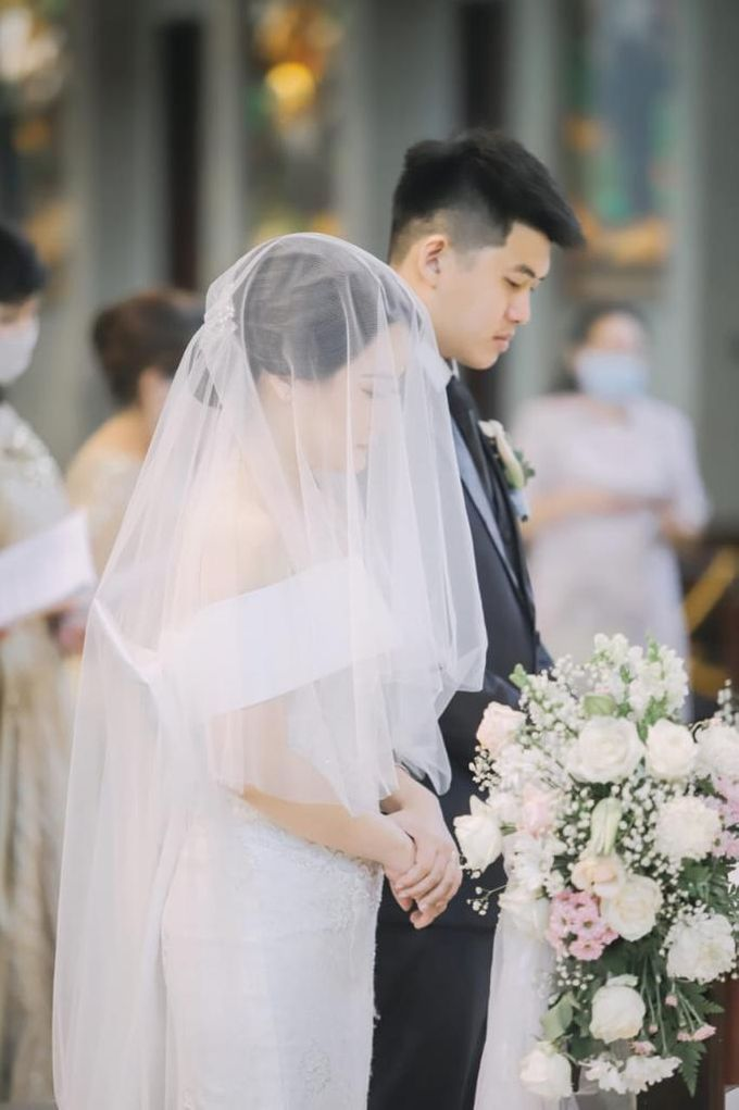 The holy matrimony of Stefani & Jimmy by D BRIDE - 003