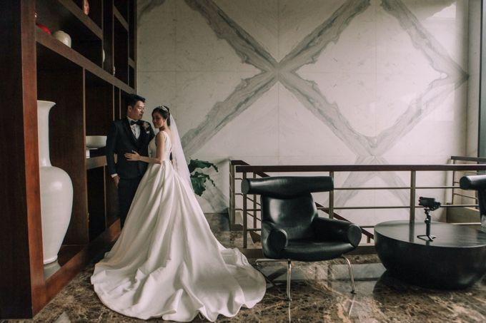 Intimate Wedding - Ivan & Shanty by Elina Wang Bridal - 005