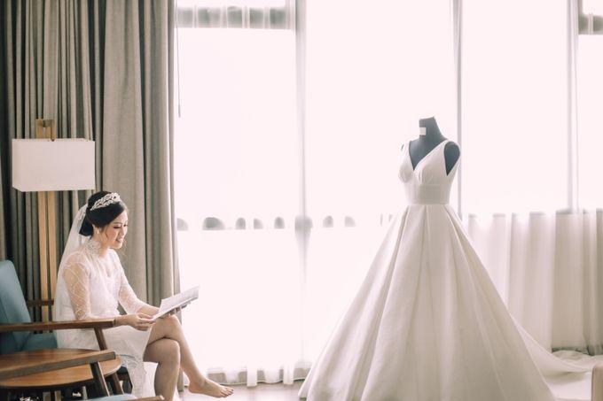 Intimate Wedding - Ivan & Shanty by Elina Wang Bridal - 002