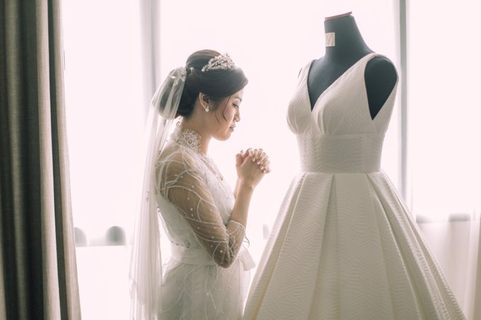 Intimate Wedding - Ivan & Shanty by Elina Wang Bridal - 003