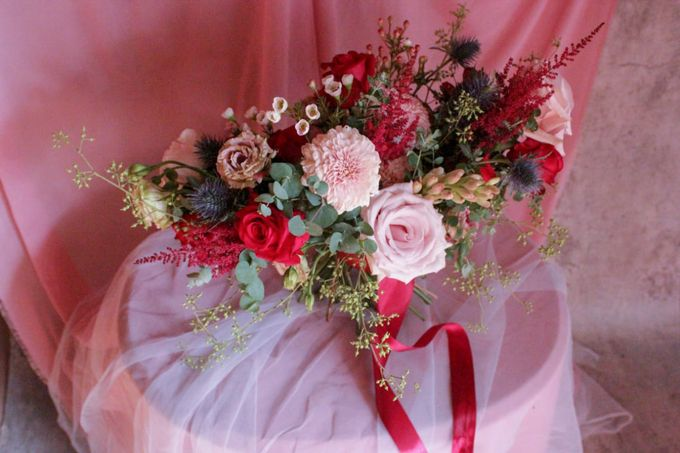 Faulina's Bouquet by Ambrose Flower - 004