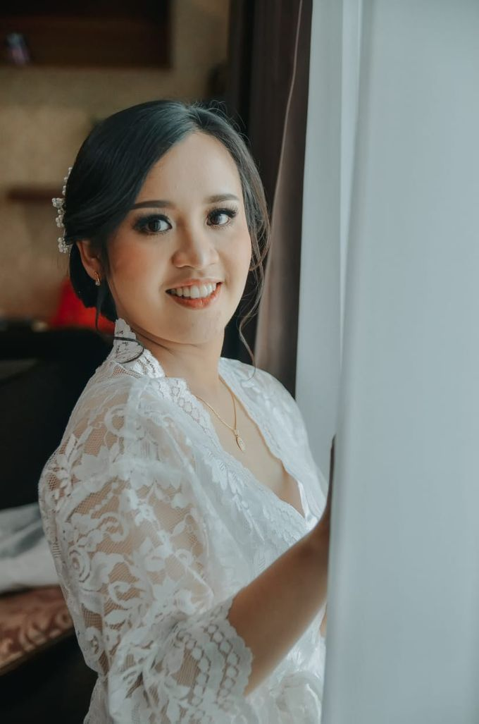 Holy Matrimony Makeup for Katarina by Nike Makeup & Hairdo - 009