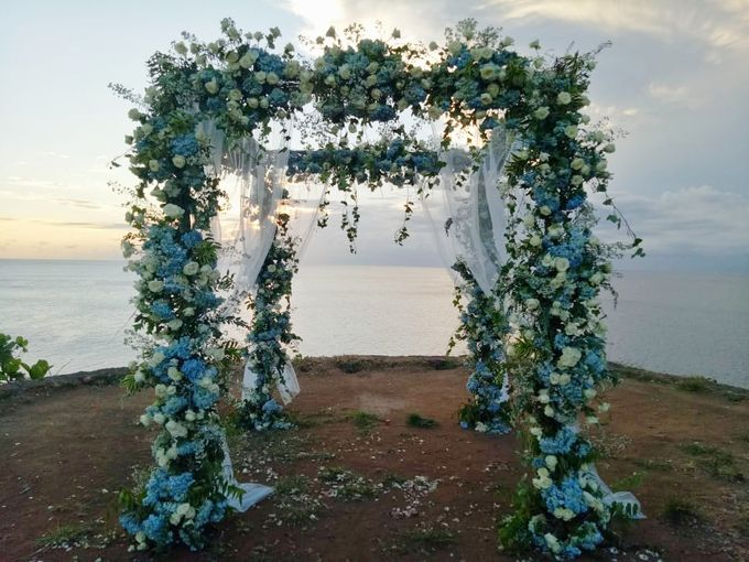 Intimate Wedding Couple 27 April 2021 by Bali Bless Florist - 001