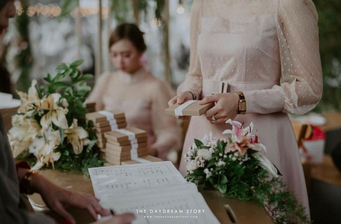 From Mutia & Rio Wedding by Signore Gift - 002