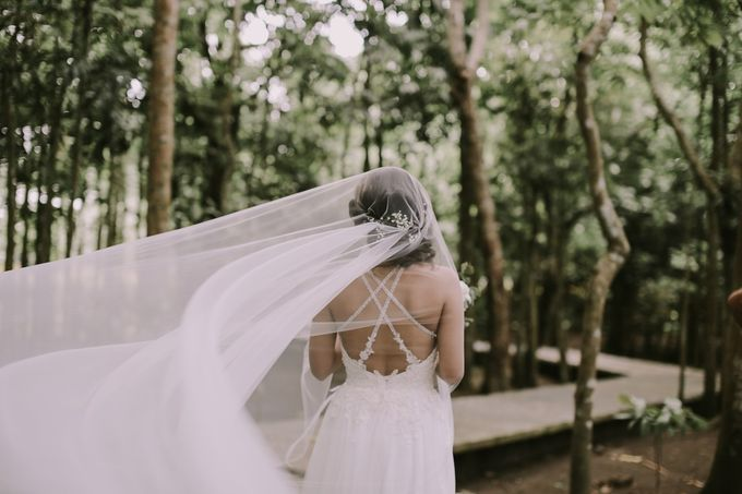 Miguel and Eileen - Pintoresco Tagaytay Wedding by I Thee Wed by Fuguwi Collective - 035