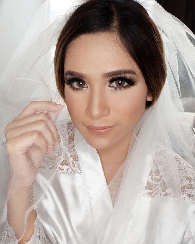 Cempaka (Wedding Airbrush Makeup) by MarisaFe Bridal - 005