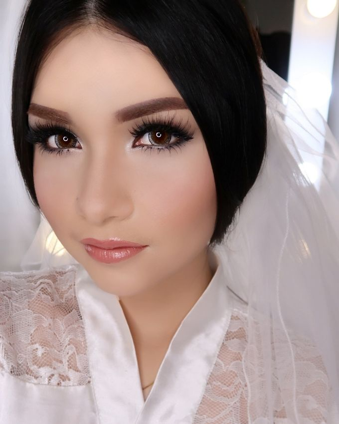 Ms. Ivy (Wedding Airbrush Makeup) by MarisaFe Bridal - 002