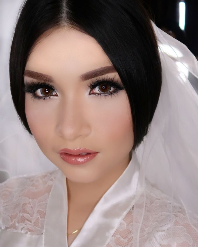 Ms. Ivy (Wedding Airbrush Makeup) by MarisaFe Bridal - 001